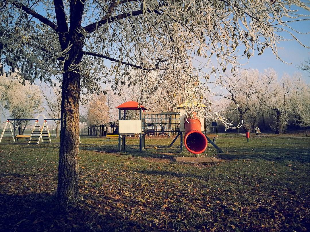 Quiero buenos parques infantiles