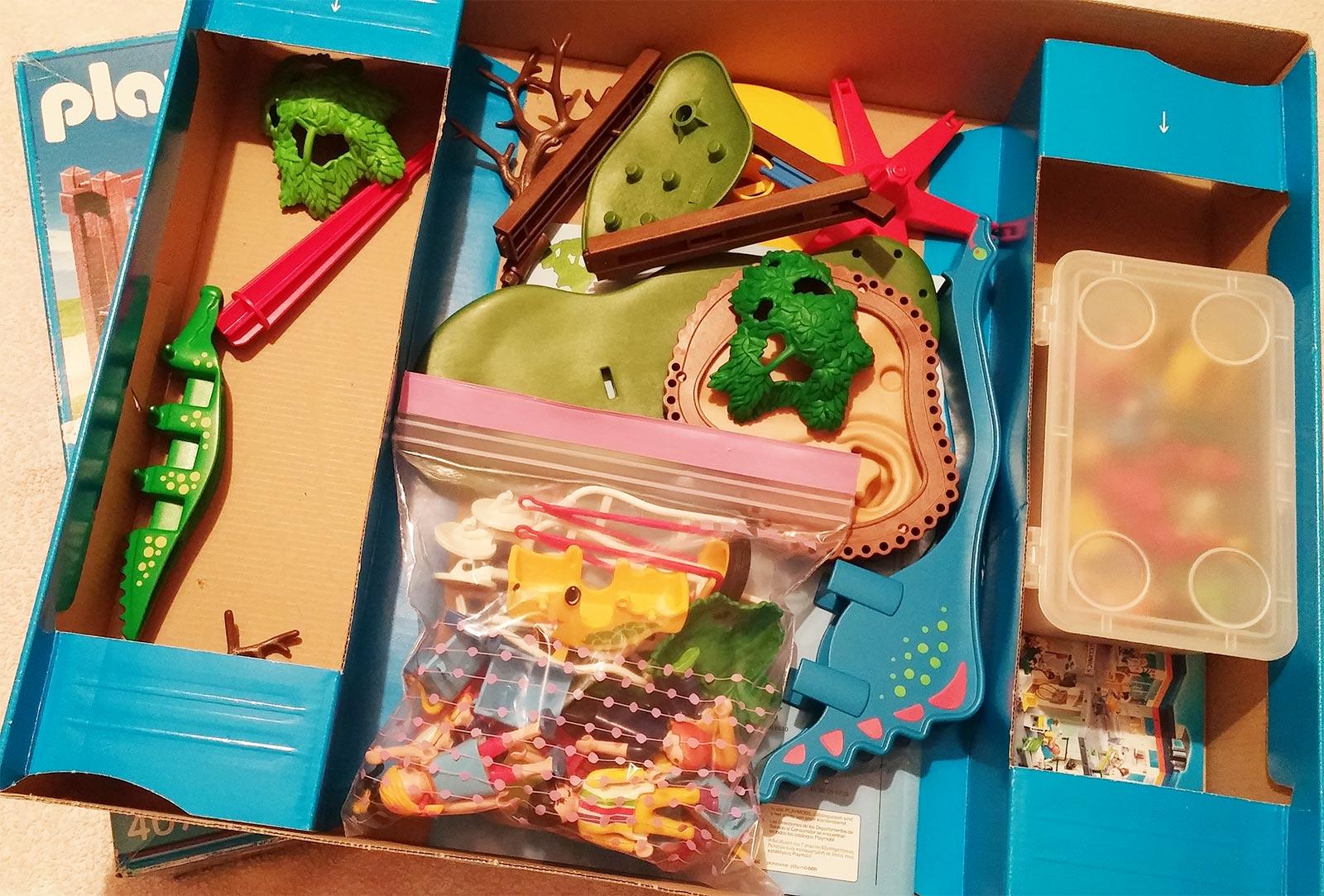 Organizar juguetes con bolsas zip - Cajas para organizar juguetes ...